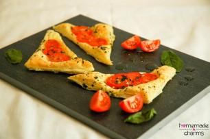 Blätterteig-Tomaten-Ecken