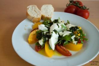 Pfirsich-Mozzarella-Tomate-Rucola_rechts